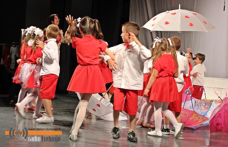 Djeca i vaspitači – u čast 101. godišnjice predškolskog vaspitanja u Trebinju (video)